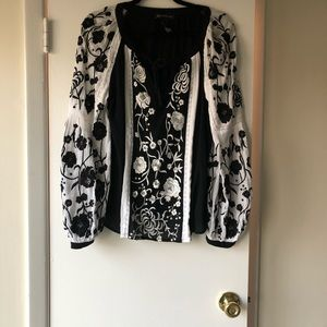 NWT Black/white top by INC